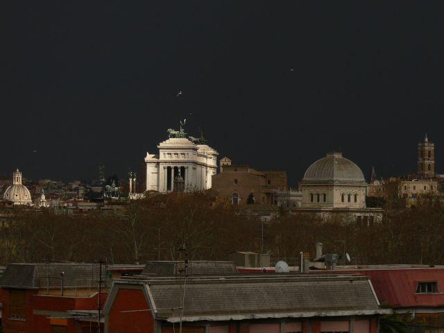 Zdj�cia: ROMA, przed burz�, W�OCHY