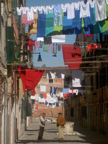 Zdj�cia: Wenecja, Wenecja w marcu - niedzielne pranie, W�OCHY