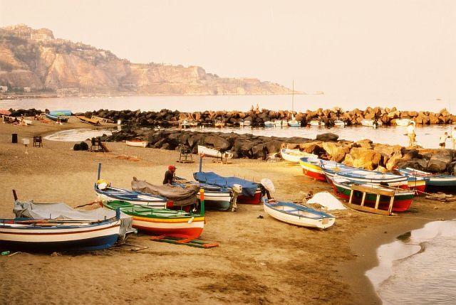 Zdjęcia: Naxos, Sycylia, Łodzie retro, WłOCHY