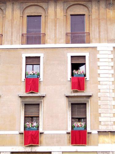Zdj�cia: Rzym, Lazio, okna, W�OCHY