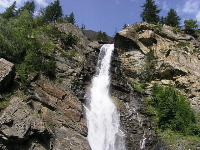 Zdj�cia: Park Narodowy Gran Paradiso, Wodospad, W�OCHY