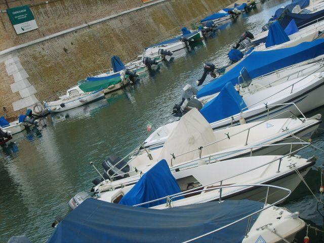 Zdjęcia: Ancona, wybrzeże Adriatyku, Łódki, WłOCHY