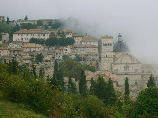 Zdjęcia: Asyż, Asyż we mgle, WłOCHY