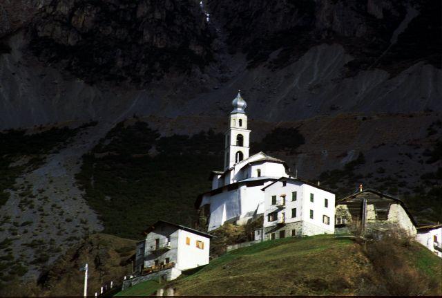 Zdjęcia: val di dentro, Isolacia, kościółek w górach, WłOCHY