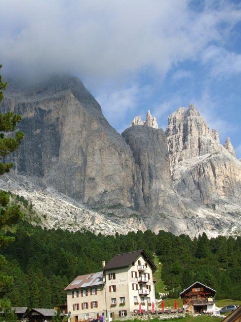 Zdjęcia: Dolomity, ., SWchronisko Gardecia, WłOCHY