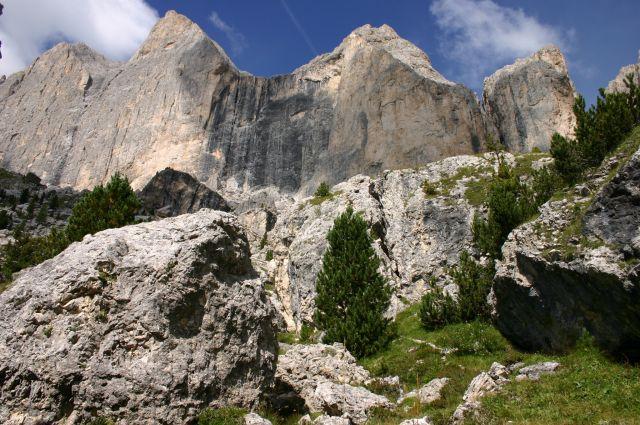 Zdjęcia: Dolomity, Dolomity, jeszcze bardziej strzeliste, WłOCHY