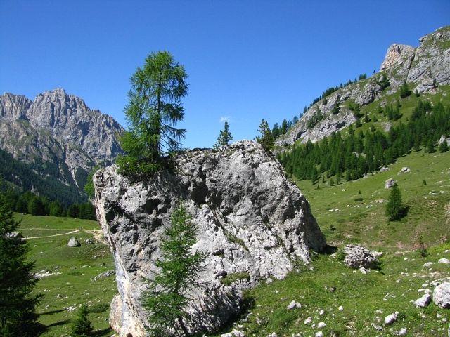 Zdjęcia: Dolomity, ., W drodze do Alba di Canazei, WłOCHY