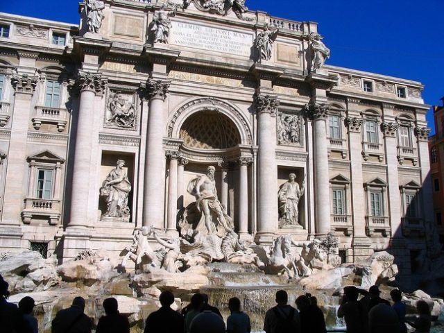 Zdjęcia: Rzym - Plac Wenecki, Lacjum, Fontanna de Trevi, WłOCHY