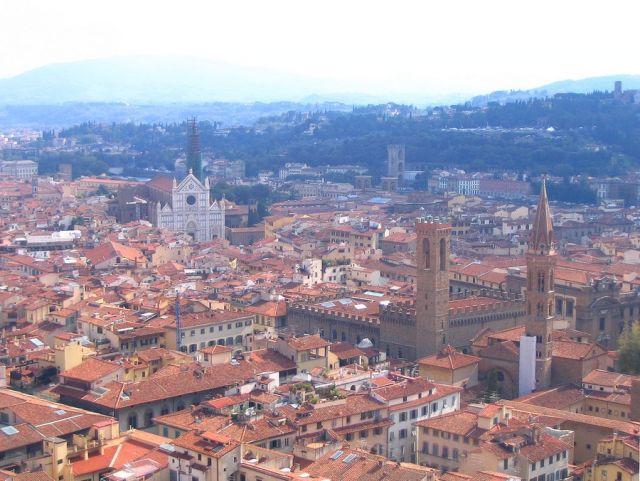 Zdjęcia: Florencja, Toskania, Panorama Florencji z białym kościołem Santa Croce, WłOCHY