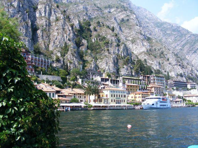 Zdjęcia: Limone sul Garda, Lago di Garda, Lago di Garda - Limone sul Garda - 2, WłOCHY