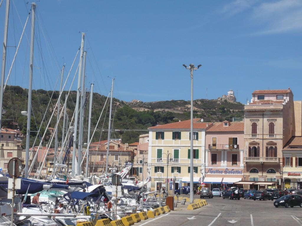 Zdjęcia: Okolice Olbii, Sardynia, Marina w Olbii, WłOCHY