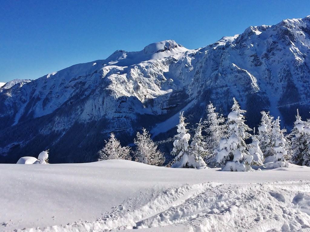 Zdjęcia: Madonna Di Campiglio, Dolomity, Trochę zimy, WłOCHY