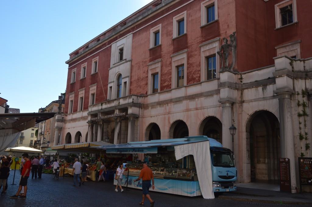 Zdjęcia: Vicenza, Wenecja Euganejska, stragany, WłOCHY