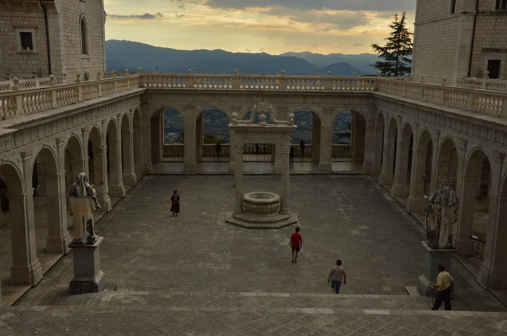 Zdjęcia: Monte Cassino, Apeniny Środkowe, klasztor, WłOCHY