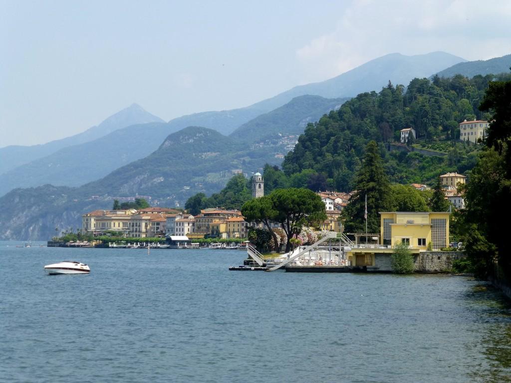 Zdjęcia: Jezioro Como, Lombardia, widok z ogrodu na nabrzeże Bellagio, WłOCHY
