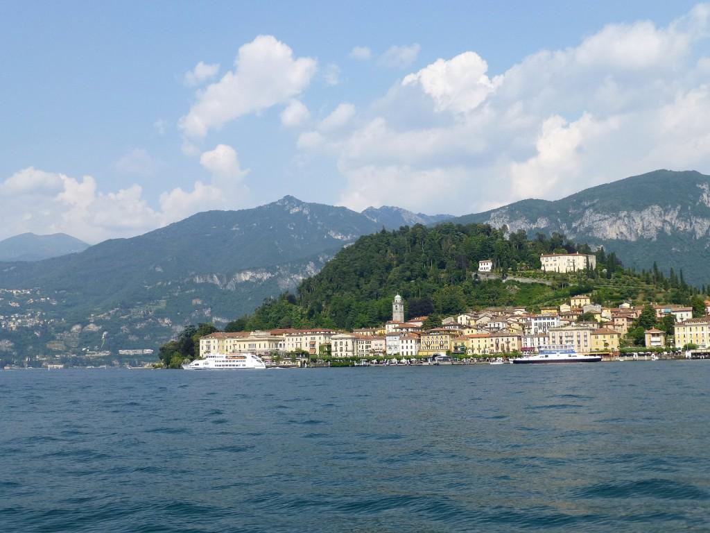 Zdjęcia: Jezioro Como, Lombardia, Bellagio połozone na końcu półwyspu, WłOCHY
