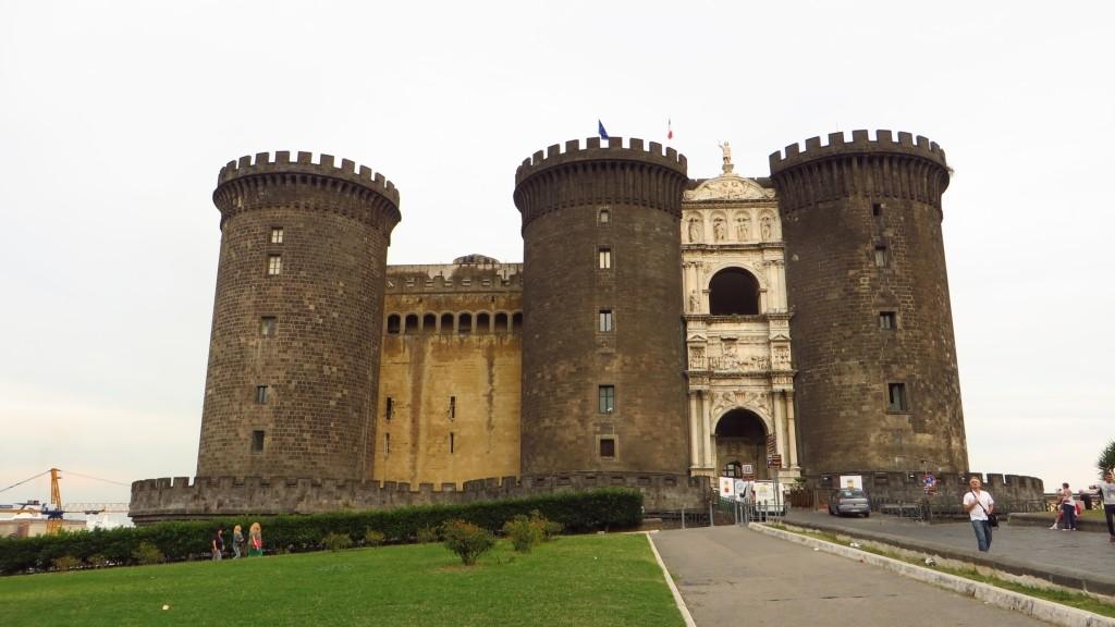 Zdjęcia: Neapol, Kampania, Castelo Nuovo, WłOCHY