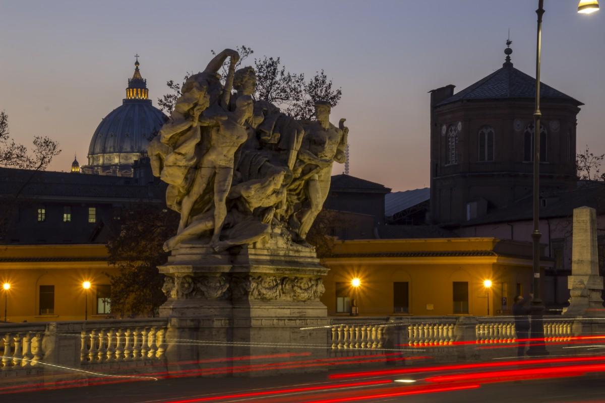Zdjęcia: Rzym, Lazio, Ponte Vittorio Emanuele II, WłOCHY
