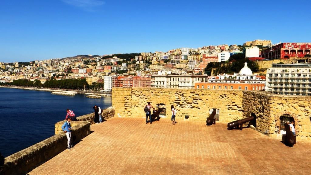 Zdjęcia: Neapol, Kampania, Castel Dell'ovo, WłOCHY