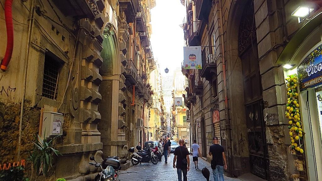 Zdjęcia: Neapol, Kampania, ulice Neapolu, WłOCHY