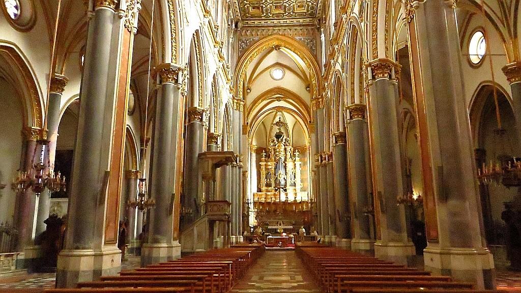 Zdjęcia: Neapol, Kampania, kościół św. Dominika, WłOCHY
