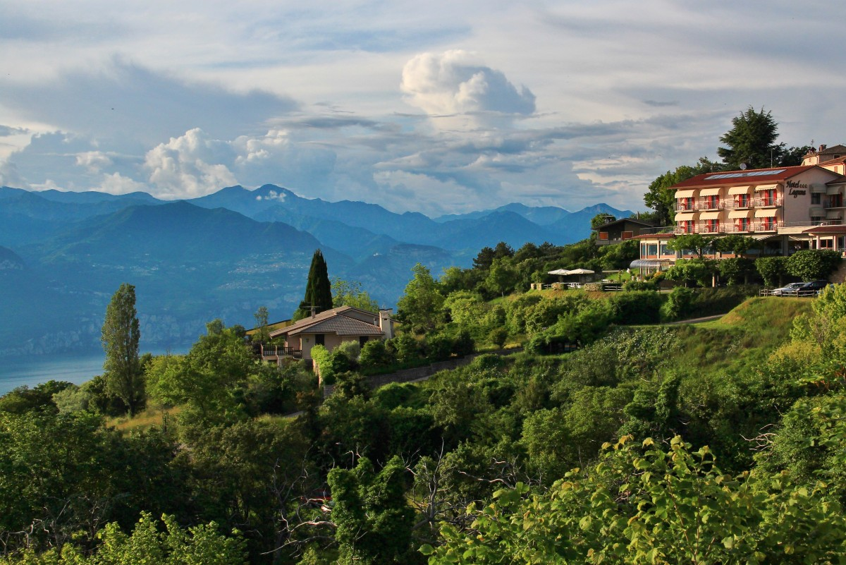 Zdjęcia: Jezioro Garda, Pólnocne Włochy, Nad Jeziorem Garda, WłOCHY