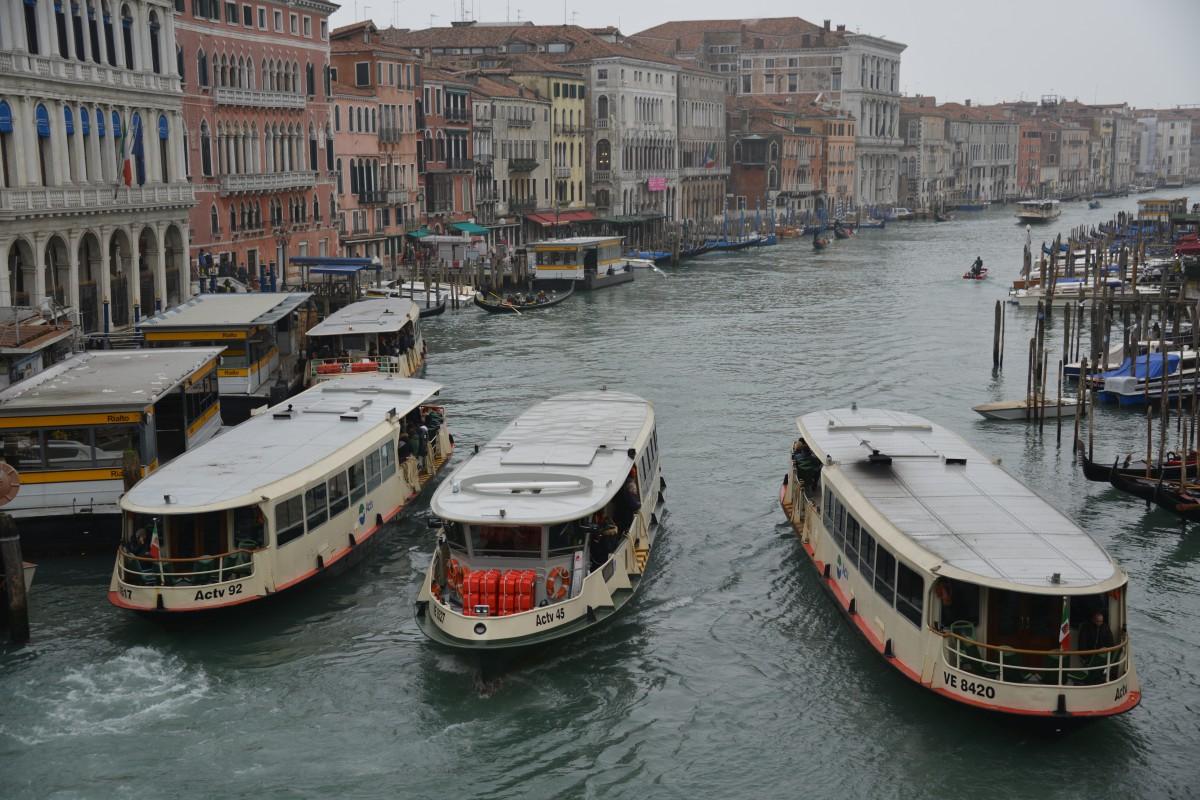 Zdjęcia: Wenecja, XXX, Tramwaje wodne w Wenecji, WłOCHY