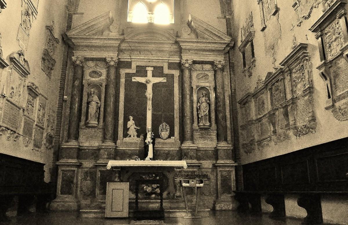Zdjęcia: Siena, Toskania, Siena, kaplica w bazylice św. Dominika, WłOCHY