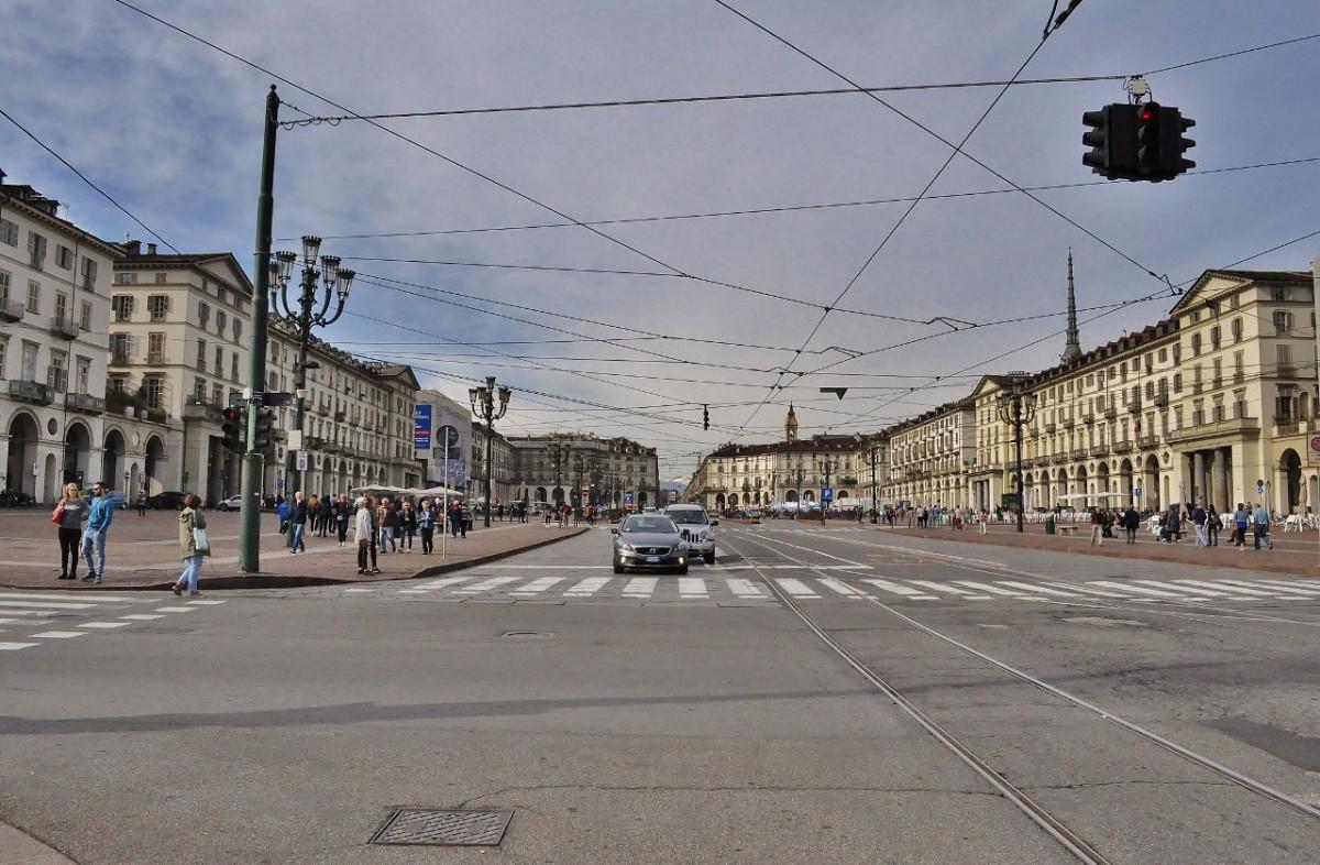 Zdjęcia: Turyn, Piemont, Turyn, Piazza Vittorio Veneto, WłOCHY