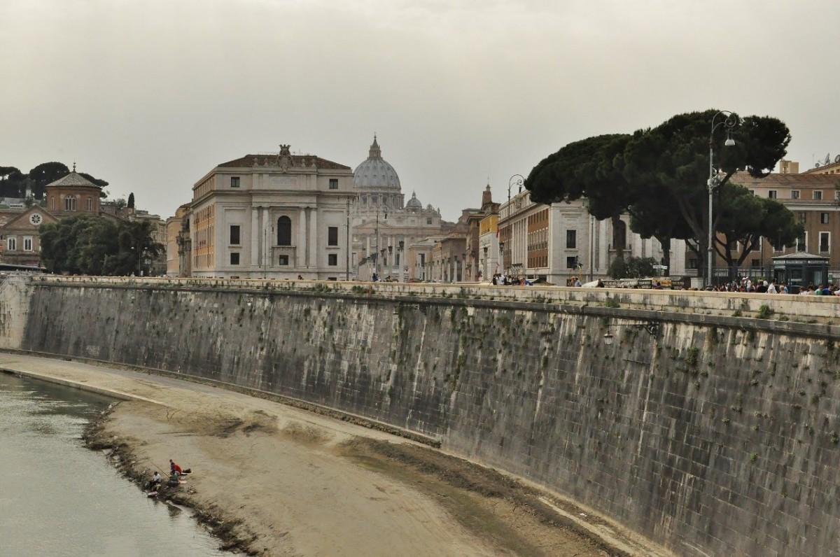Zdjęcia: Rzym, Lazio, Rzym, nad Tybrem, WłOCHY