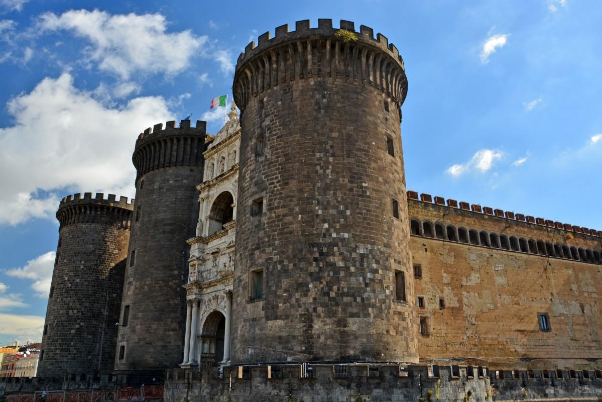 Zdjęcia: Neapol, Kampania, Castel Nuovo, WłOCHY