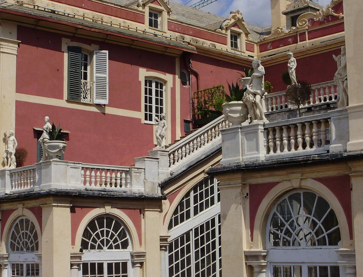 Zdjęcia: Genua, Liguria, od podwórka..., WłOCHY