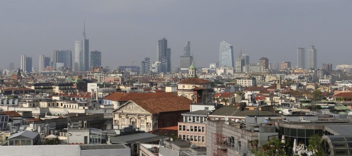 Zdjęcia: Milan, Lombardia, Panorama na Corso Como, WłOCHY