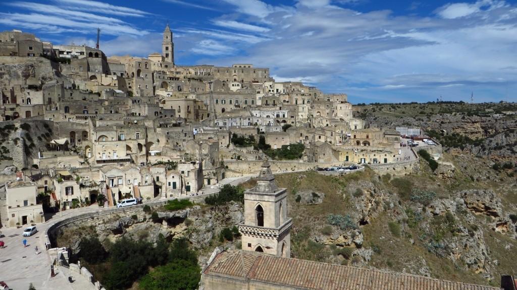 Zdjęcia: Matera, Basilicata, panorama Sasso Barisano w południowym słońcu., WłOCHY