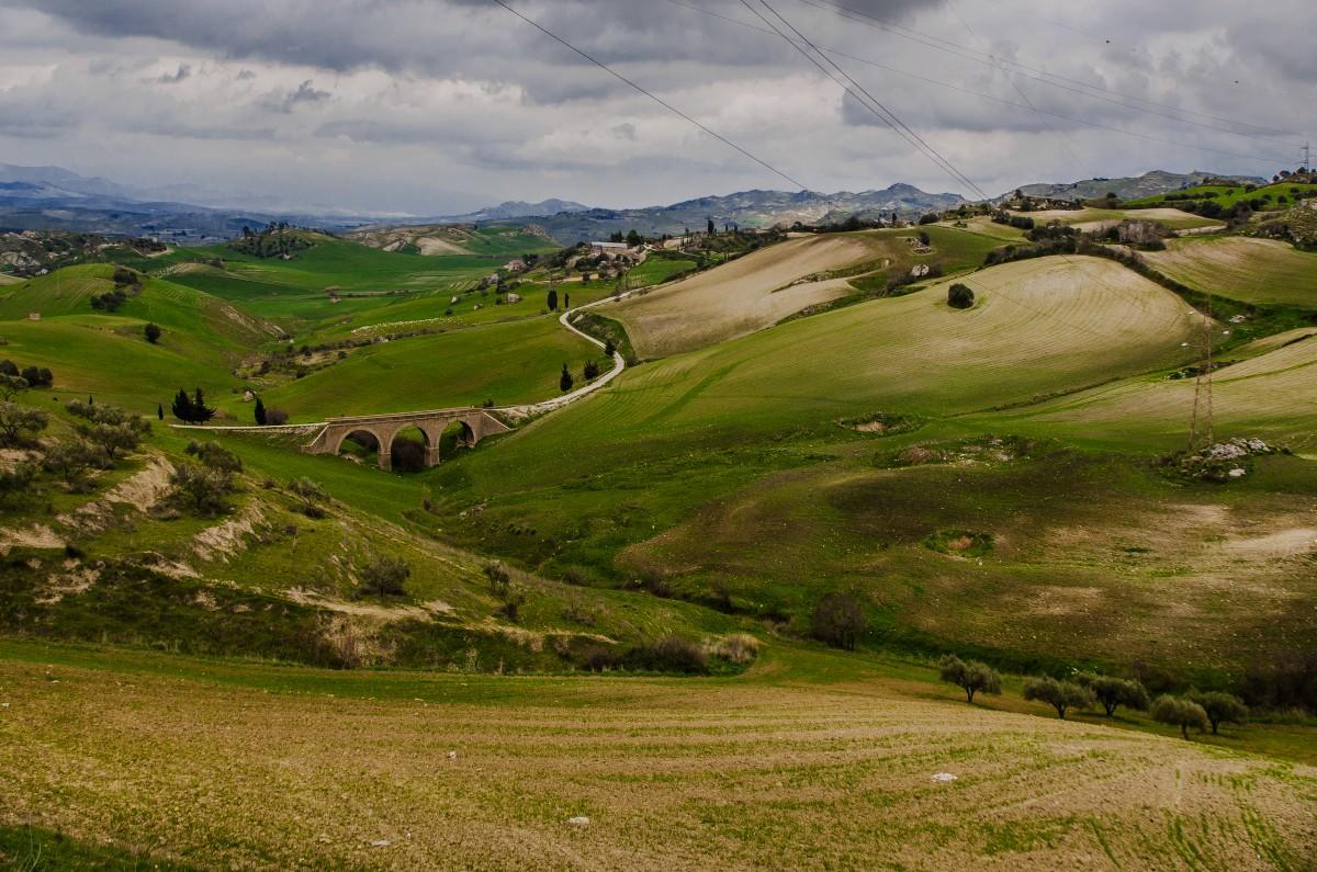 Zdjęcia: Droga z Enny do Caltagirone , Sycylia, Droga z Enny do Caltagirone , WłOCHY