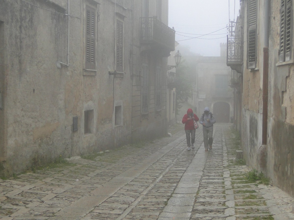 Zdjęcia: Erice., Sycylia, Z podróży po Sycylii - ericejskie mgły (7), WłOCHY