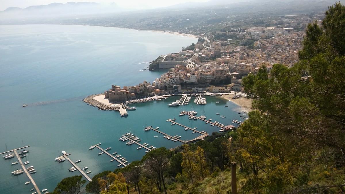 Zdjęcia: Castellammare del Golfo, Trapani/Sycylia, Widok z klifu, WłOCHY