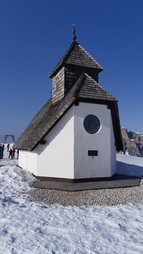 Zdjęcia: Dolomity, Alpy, kapliczka, WłOCHY