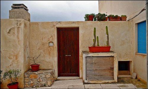Zdjecie WłOCHY / Sycylia / wyspa Levanzo / Chciałabym tak mieszkać :)