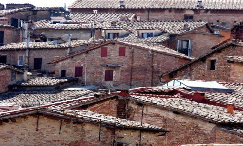 W�OCHY / - / Siena, Toskania / Dachy Sieny