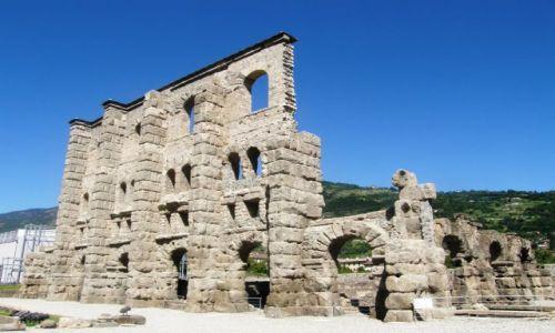 Zdjecie WłOCHY / Dolina Aosty / Aosta / Pozostało  po starożytnych Rzymianach