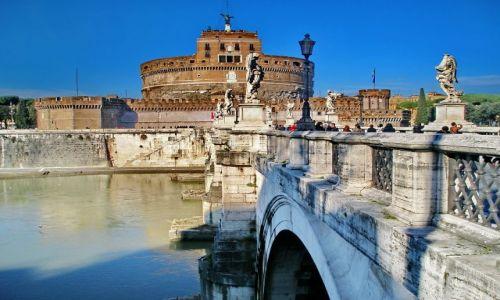 WłOCHY / Lazio / Rzym / Tybr
