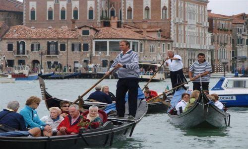 Zdjecie WłOCHY / Wenecja / Wenecja / Gondole