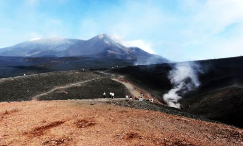WłOCHY / Sycylia / Etna, krajobraz jak na księżycu / Sycylia