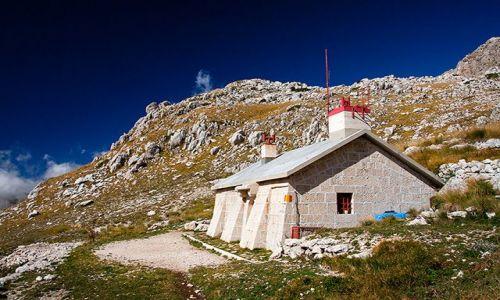 Zdjęcie WłOCHY / Gran Sasso dItalia / Valmaone, Apeniny / Rifugio Garibaldi