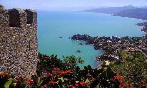 Zdjecie WłOCHY / Sycylia / Cefalu - skała La Rocca / widok z murów twierdzy