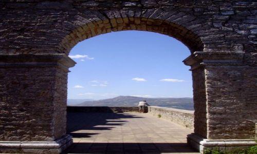 Zdjecie WłOCHY / Sycylia / Cacamo / widok na taras zachodni zamku