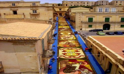 Zdjecie WłOCHY / Sycylia / Noto / widok z dzwonnicy kościoła San Carlo