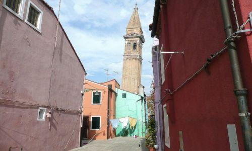 WłOCHY / Veneto / Burano / Kościół św.Marcina w Burano