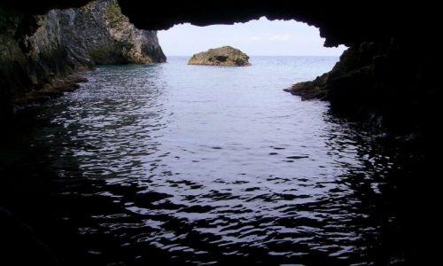 Zdjecie WłOCHY / Wyspy Tremiti / wyspa San Domino / w grocie przy San Domino